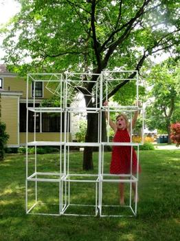 Sasha_building_cubes