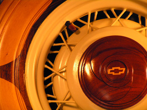 20111013203919-chevwoody_wheel_detail