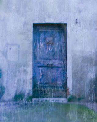 20111014203105-softdarkdoor