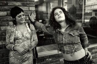 20111021140624-friedkin_lesbian_couple