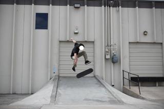 20111023152728-wolkoff__skateboard_2__10_x_15