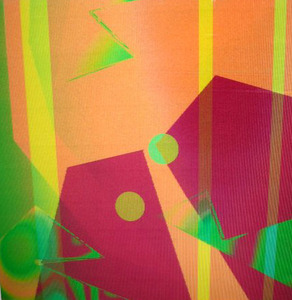 20111023173355-heather_lowe_sangria_crowded