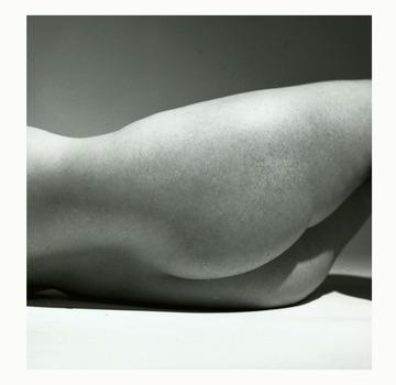 20111030100742-nude_