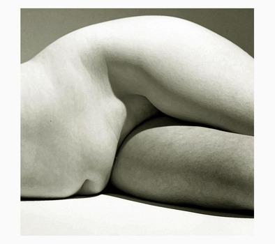 20111030100901-stone_nude_tree