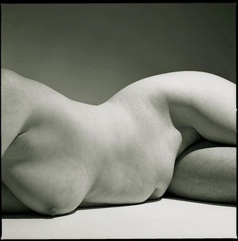 20111030100950-stone_nude_two