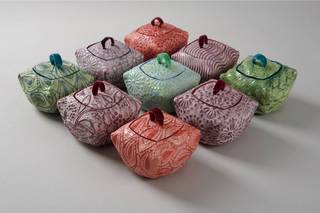 20111106100347-diana_cox_pillow_boxes2