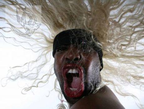20111107073836-hairography4-web