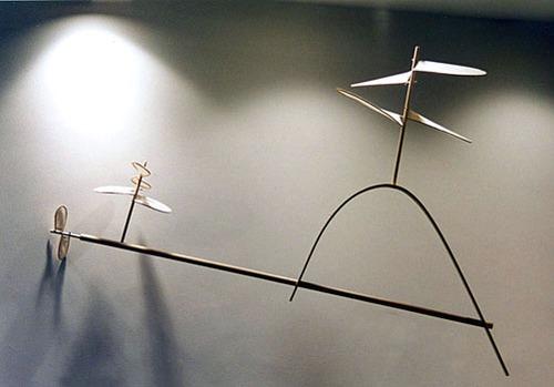 20111120224752-jameshelicopter