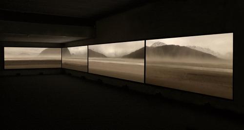 20111122145822-backdrop_instal_04