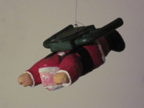 20111127132549-thorne_jet_pack_santa