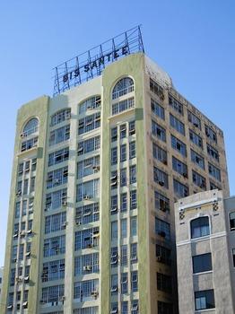 20111127141617-edifici_2