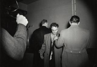 20111127162912-weegee_murder1