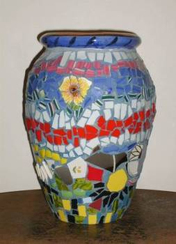 20111201174457-mosaic_vase
