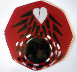 20111204170005-4_broken_heart_climbing_out_of_the_abyss__beryl_brenner__fused_glass__10in_h_x_10in_w__2011