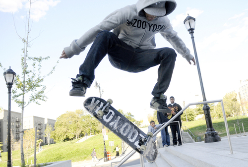 Courthouseskaters07