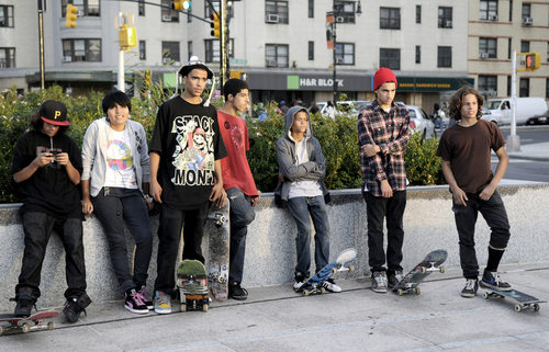 Courthouseskaters09
