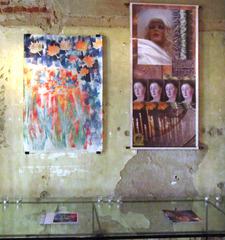20111207174015-entrytwopieces_3506
