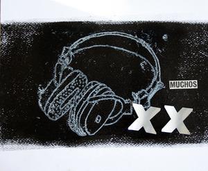 20111209123107-muchos_black_1