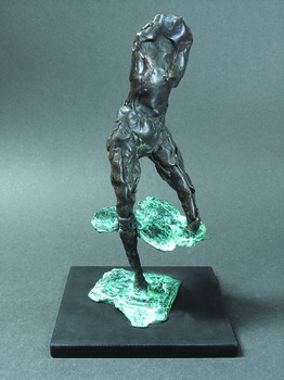 20111212010513-walking_in_water_2008_bronze_single_cast_24_x_10_x_11_cm_high_resolution