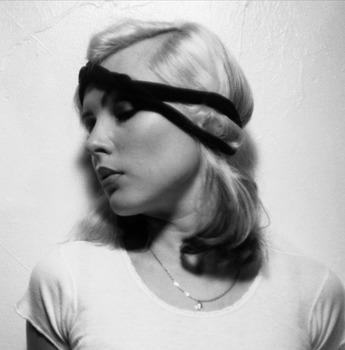 20111223203546-debbie_headband_