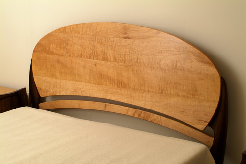 20111229142626-1a_5th_avenue_headboard