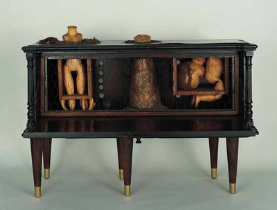 20120104213947-kienholz_the_secret_house_of_eddie_critch_1961_lores