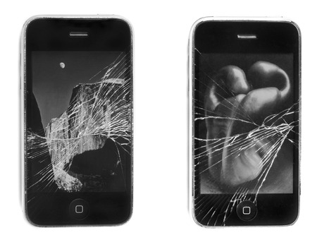 20120121022435-iphones2