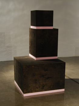 20120122224722-black_and_pink_three_tall_stack