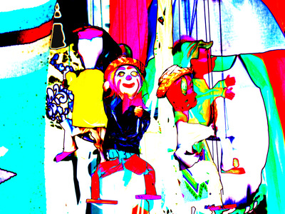 20120209052409-color_warp_dolls_mexico_june_2005