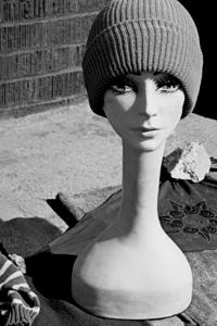 20120209182403-mannequin