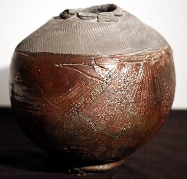 20120211021441-soldner_woodfire_vase_web