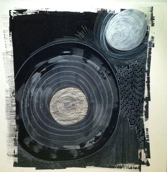 20120213045033-black_spiral1