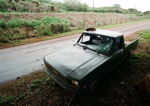20120216115737-roadkill__waimea_hi__anthony_tremblay_art_photography_automobile_ethnography_society_culture