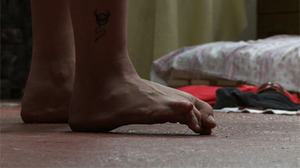 20120228064126-out_foot_stillcontent_0