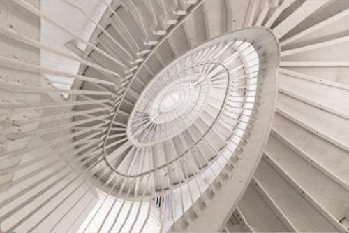 20120302151429-stair_swirl_2