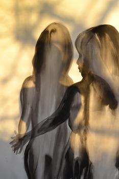 20120319195058-shadowonshadows