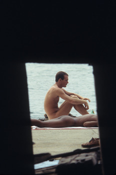 20120323192901-frank_hallam_sunners__pier_51__exterior_from_interior___1978