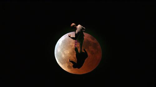 20120324191848-moon_image
