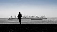 20120325144842-girl_island_silhouette