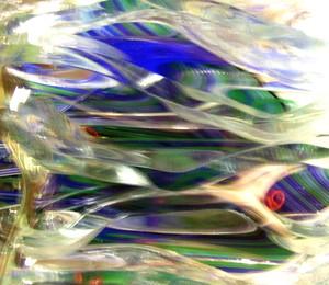 20120326224610-distorted_light