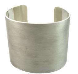 20120328163902-widecuff