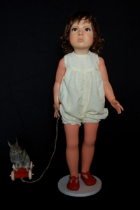 20120329114305-mayer__duck_rabbit__rabbit___doll__wax__acrylic_eyes__hair__taxidermied_rabbit___wooden_pull-along_toy_78x48x21cm_2012__681x1024_
