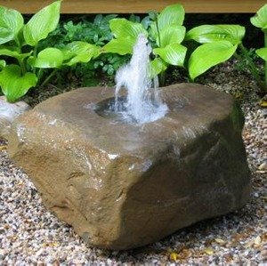 20120329173725-shelter_fountain
