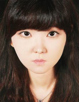 20120401004804-xhyungjin_hyelmin