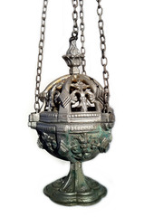 20120405125615-thurible
