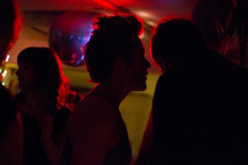 20120416235956-redlight_danceparty