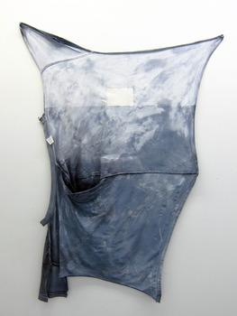 20120418200836-blue_shirt_3