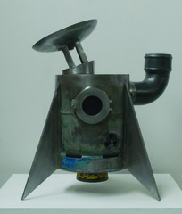 20120425135306-guy_allott_spaceship_burner1