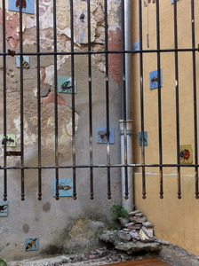 20120427155352-wall_marseille