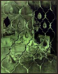 20120429111414-ah_08_laloidevoleur_spraypaintonglass_158x98cm